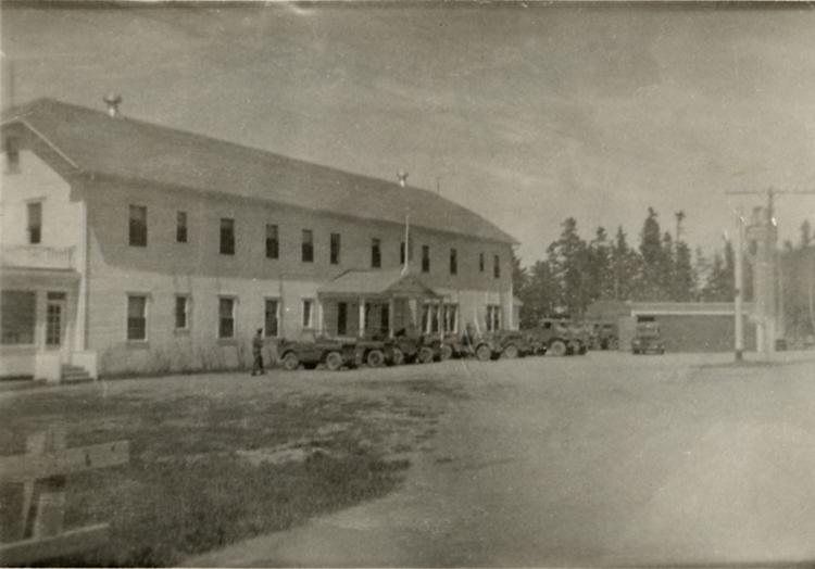 Mai 1943, l'Hôtel Belle Plage loge un groupe de millitaires durant la guerre